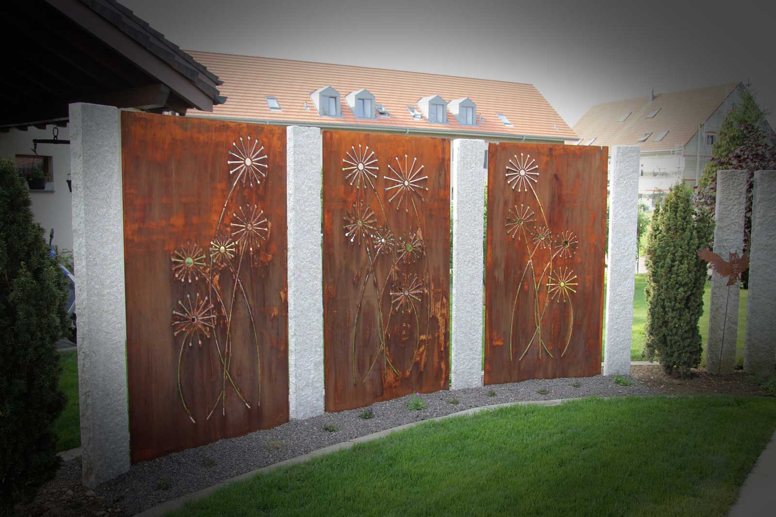 Screening walls made to measure by Gartenfeuer, Switzerland