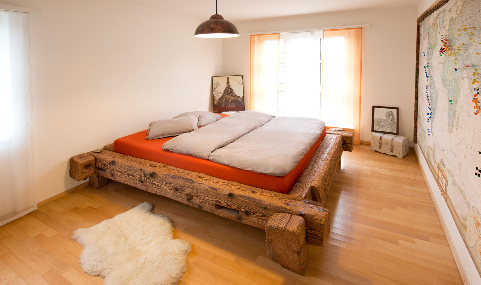 Design bed made of antique wood by wood and metal, Swiss Made