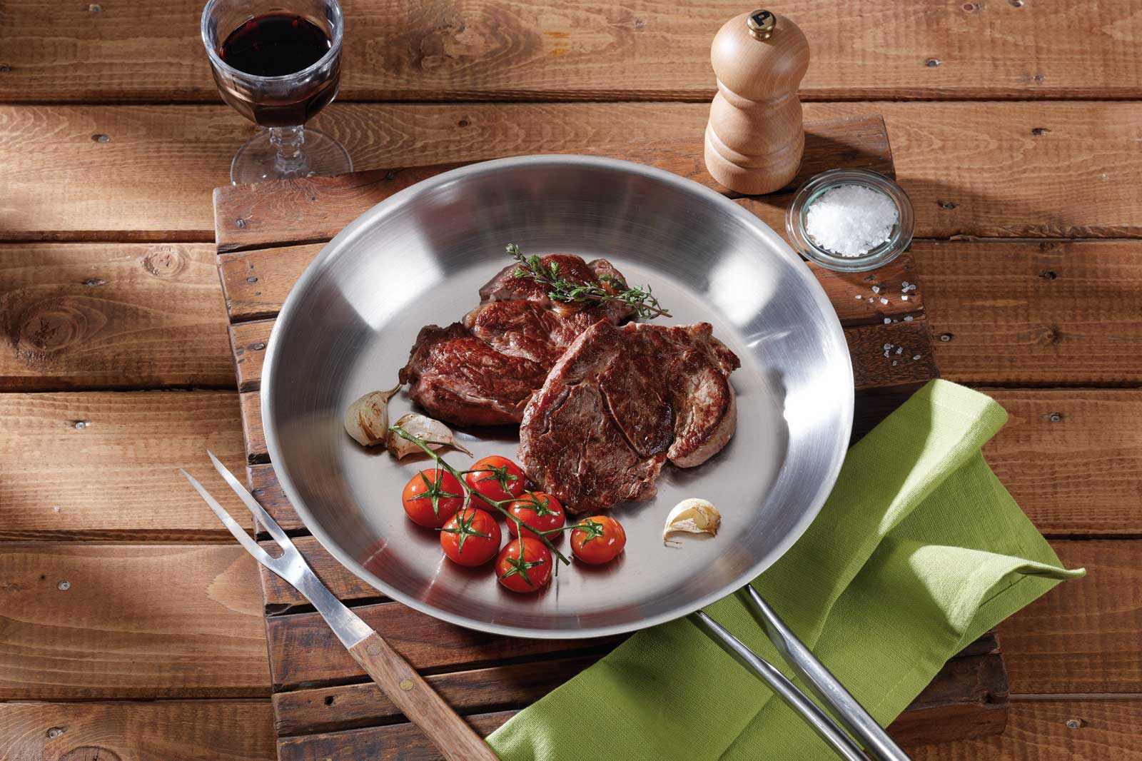 Frying pans by Noser-Inox, Swiss Made