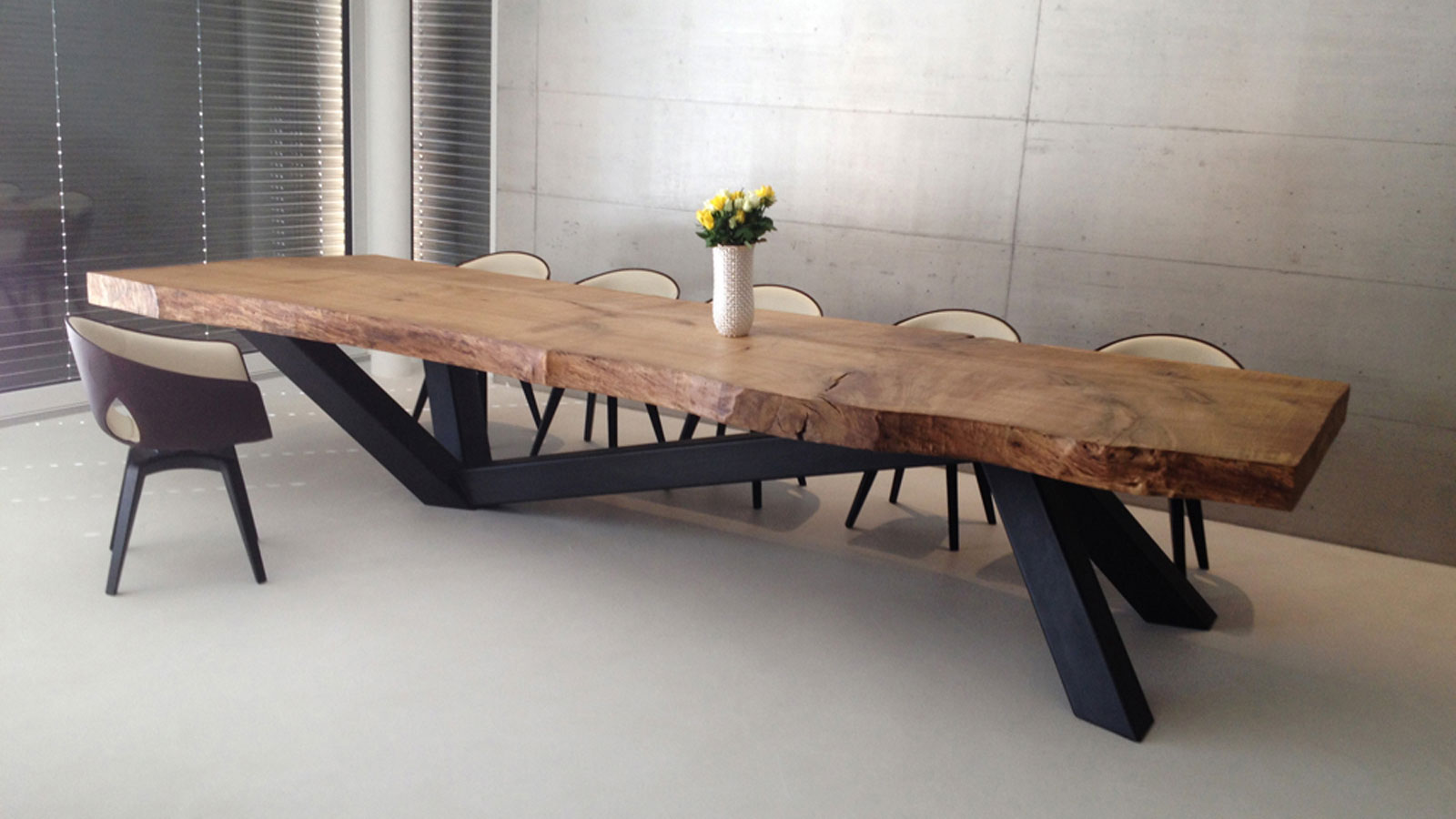 Solid wood table with metal base by RH-Design