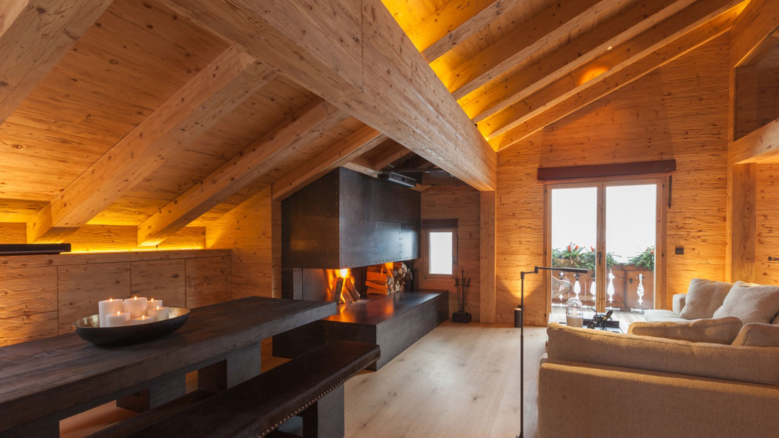 Design furniture and interior design of chalet by RH-Design