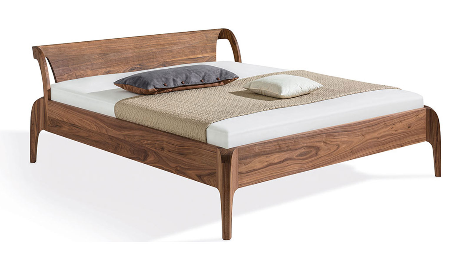 Solid wood beds and natural latex mattresses