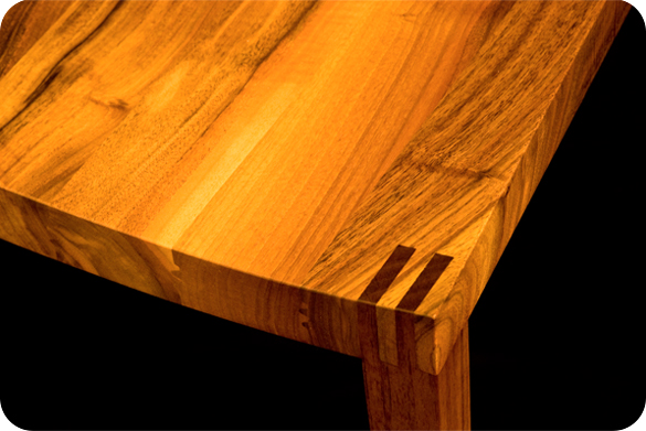 Solid wood table from the joinery aldrup in Solothurn, Swiss Made